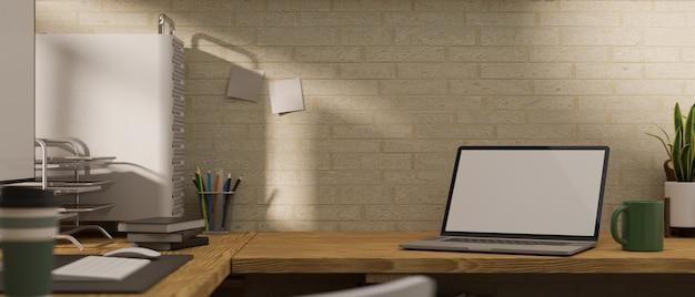 Современное рабочее место с пустым экраном ноутбука и копией пространства для декора вашего бренда канцелярскими принадлежностями