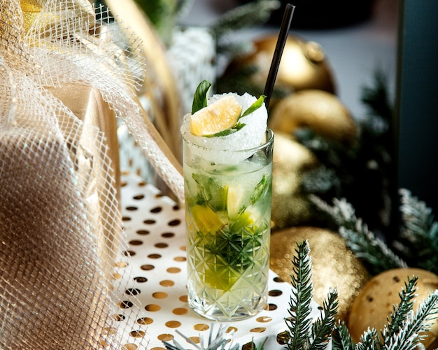 Mojito cocktail with crushed ice