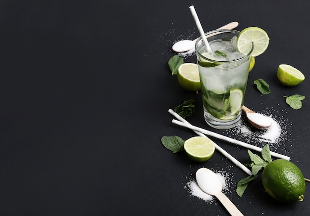 Mojito drink with lime slices
