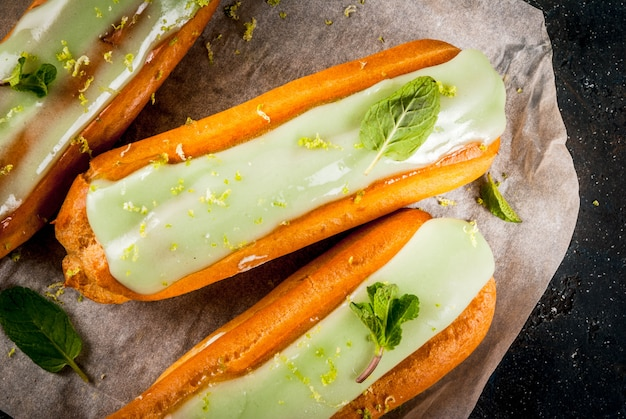 Mojito eclairs with lime zest and mint