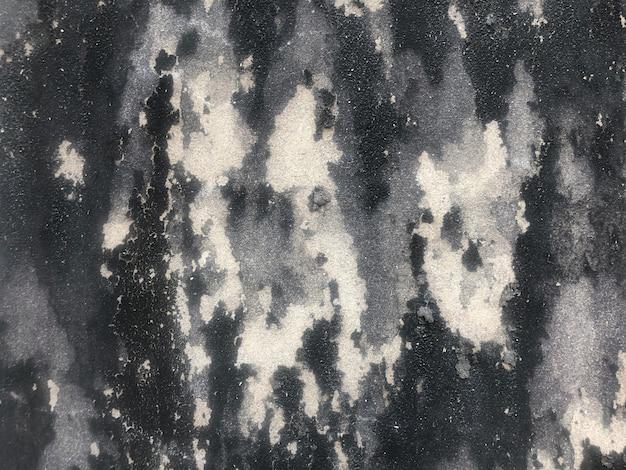 壁のカビの損傷をクローズアップ、灰色の色合いの水彩画の背景。抽象的な黒と白のカラーイラスト。コンクリート壁のテクスチャ床の背景をクラックします。