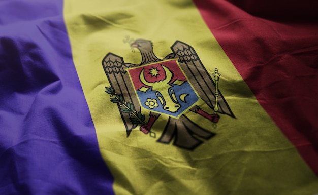 Флаг молдовы помятый крупным планом