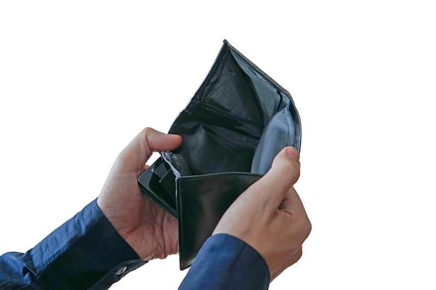 돈에는 재정적 문제가 있습니다. 흰색 배경에 격리된 돈이 없는 빈 지갑을 여는 남성 손.