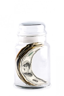 Деньги в стеклянной банке
