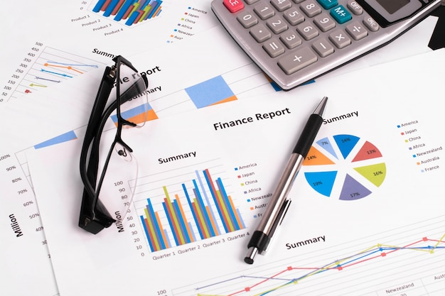 Money income measure gain investment
