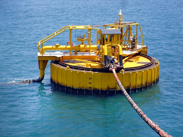 Monoboy in the sea for pumping fuel.