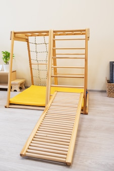 Деревянная лестница монтессори