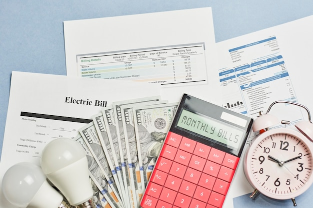 Ежемесячные коммунальные платежи. стоимость коммунальных услуг. планирование коммунальных расходов в ежемесячном бюджете