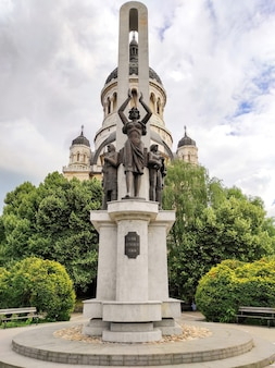 Monument glory of the romanian soldier in clujnapoca romania