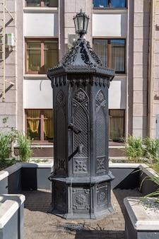 ロシアのスタンドパイプの州で最初の記念碑