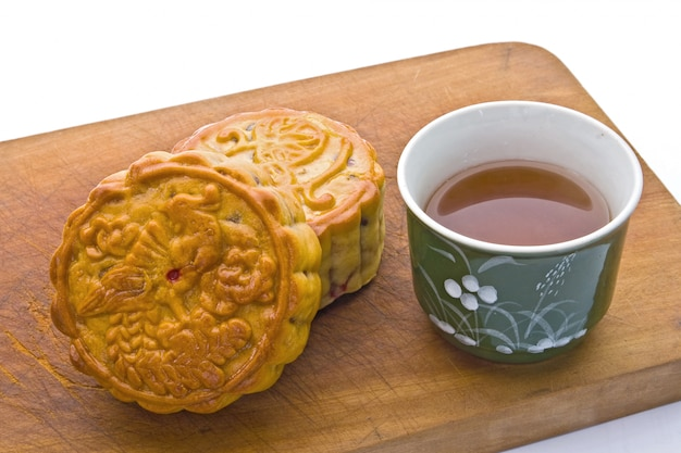 Moon cake with tea