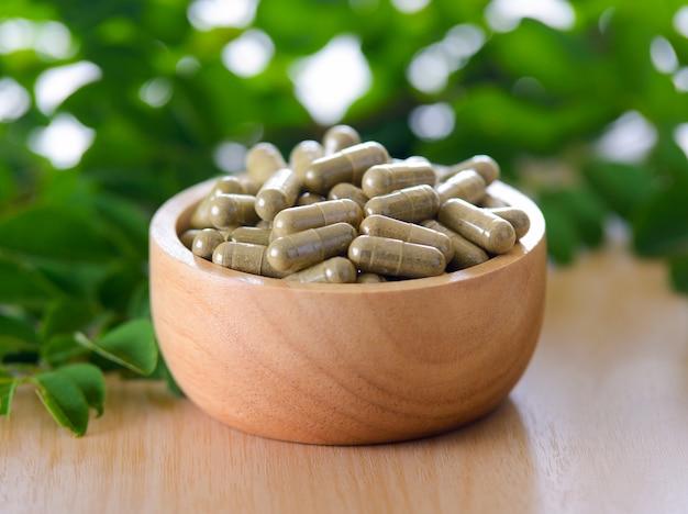Moringa листья и капсулы (травы для здоровья)