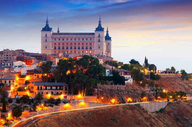 Morning view of alcazar of toledo Free Photo