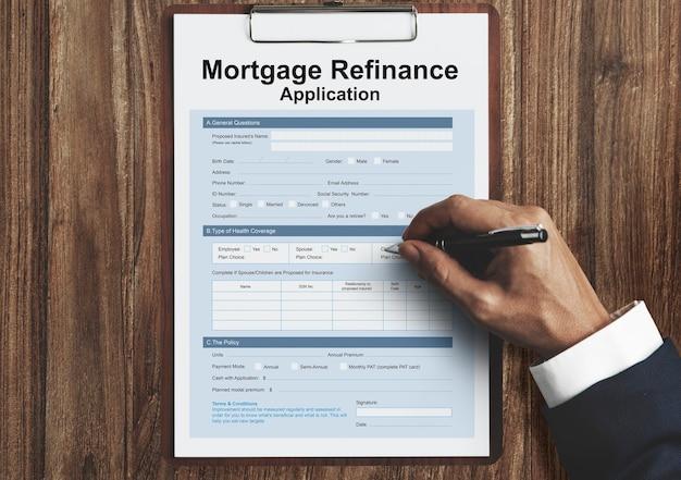 Concetto di modulo di domanda di rifinanziamento ipotecario