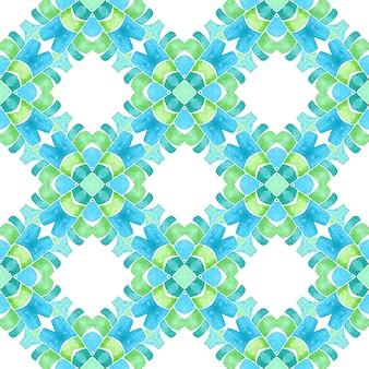 モザイクのシームレスなパターン。緑のジューシーな自由奔放に生きるシックな夏のデザイン。テキスタイルレディの魅惑的なプリント、水着生地、壁紙、ラッピング。手描きの緑のモザイクのシームレスな境界線。