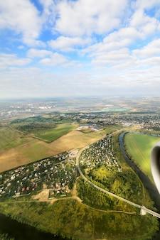 モスクワ地方。飛行機からの眺め。モスクワ地方の鳥瞰図。