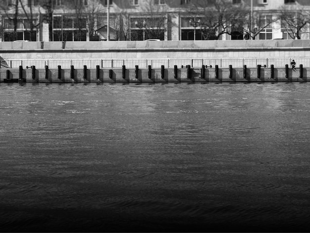 モスクワ川の堤防建築ボケ
