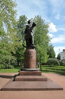 모스크바, 러시아 - 2021년 5월 23일: 모스크바의 izmailovsky 섬에 있는 peter the great 기념비