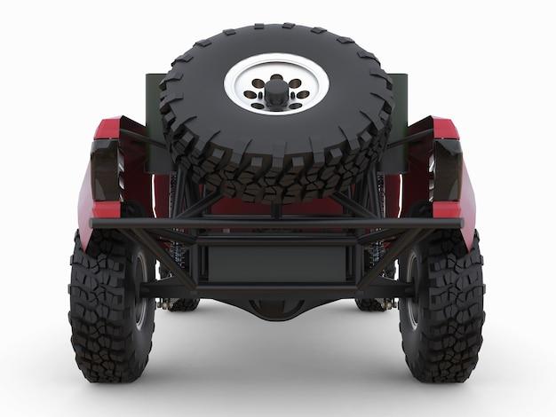 사막 지형을 위해 가장 많이 준비된 빨간 스포츠 경주 트럭.