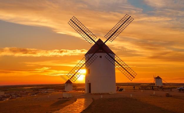 Mota del cuervo windmills in cuenca