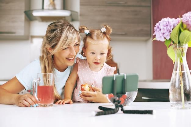 母と娘の家庭料理