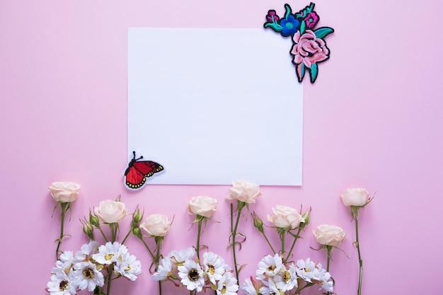 День матери натюрморт с квадратной бумагой