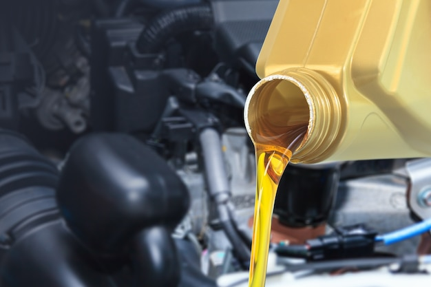 Motor oil pouring