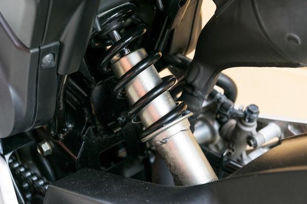 二輪車用ショックアブソーバー衝撃や振動を吸収する装置