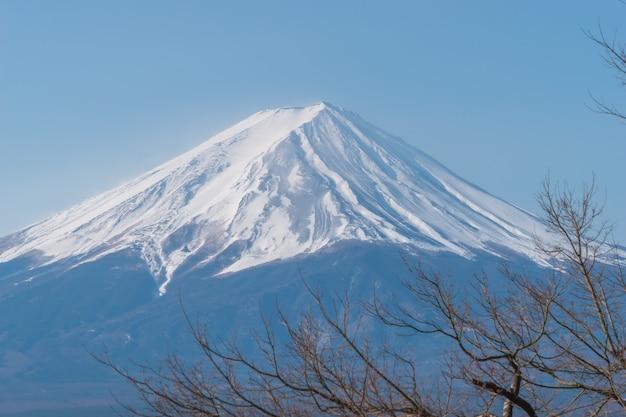 Mountain fuji in the winter