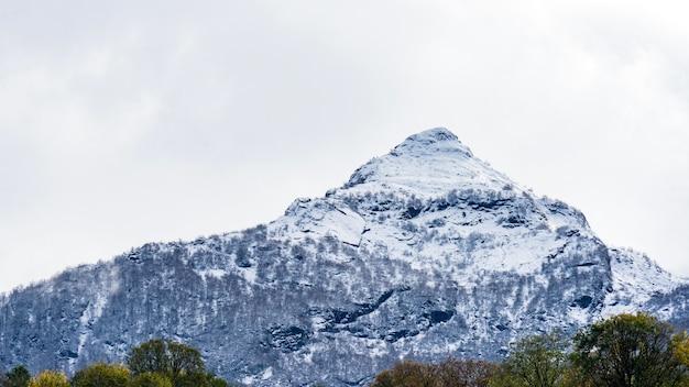 러시아 소치 크라스나야 폴리아나의 산 풍경.
