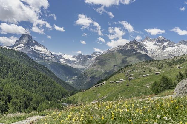 Paesaggio di montagna a zermatt, svizzera