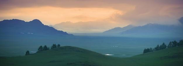 일몰의 산 계곡, 산 풍경, 탁 트인 전망