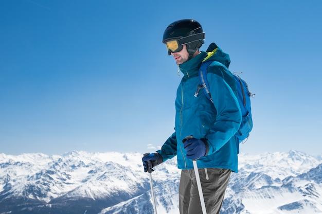 山の登山スキー