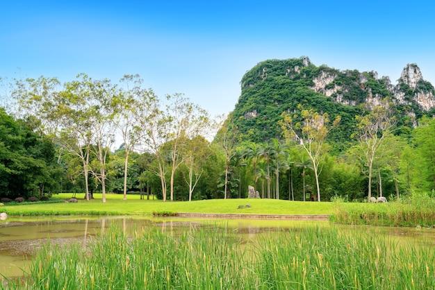 중국 광시의 산과 강