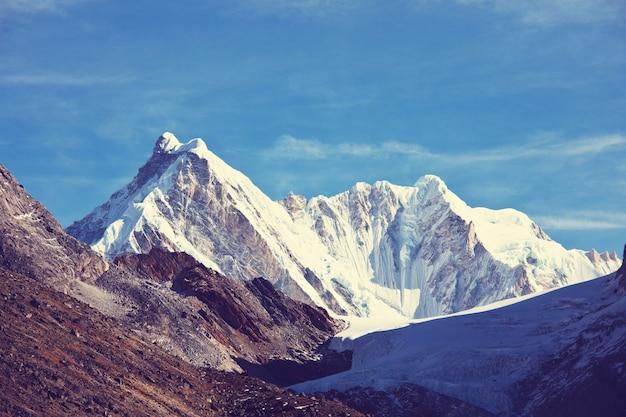 Горы в регионе сагарматха, гималаи