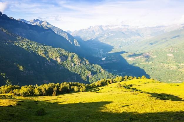 Mountains landscape. pyrenees, aragon