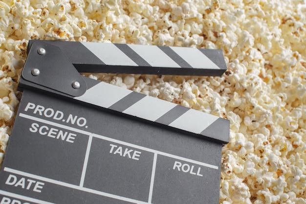ポップコーンの映画クラッパーボード