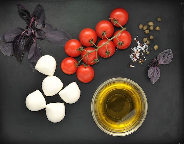 Mozzarella cheese, cherry tomatoes and basil