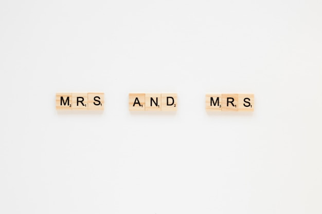 Mrs and mrs inscription on table