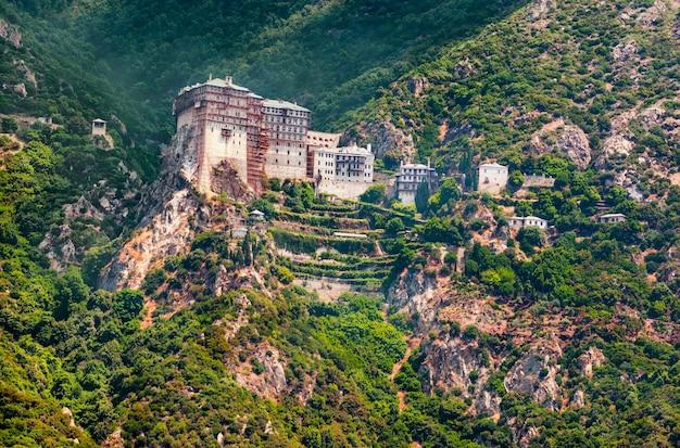 Mt. афон, греция, святой монастырь симонос петра (симонопетра)