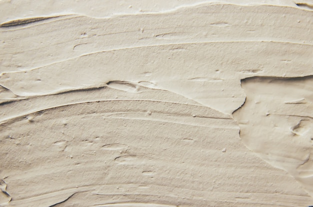Грязевая маска глины с минералами мертвого моря.