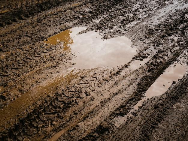 Mud and slush brown.