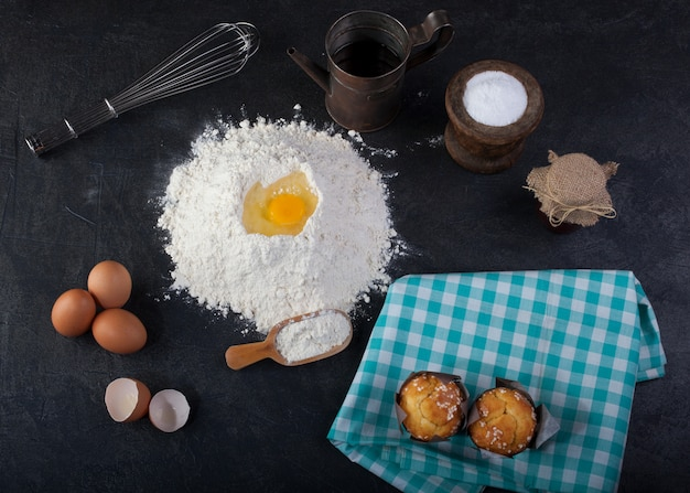 Muffin and cooking utensils