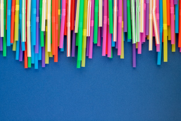 Multi color flexible straws.