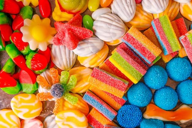 Разноцветный мармелад. сладкий десерт
