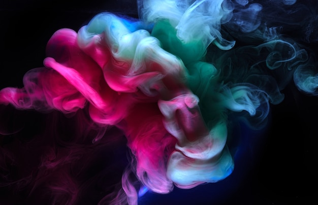 Разноцветный яркий дым абстрактный фон красочный туман яркие цвета обои водоворот микс краски под водой