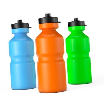 白い背景の上のマルチカラースポーツプラスチックウォーターボトル