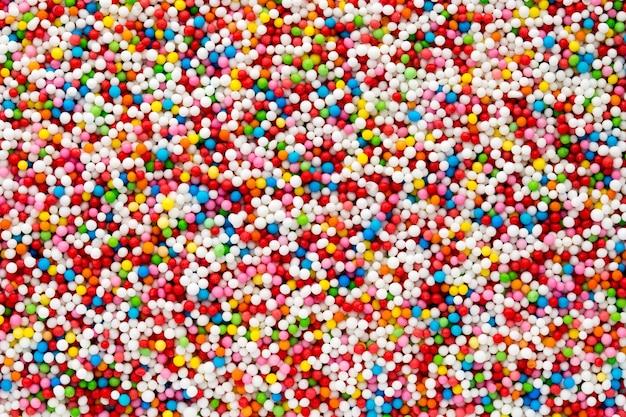 여러 가지 빛깔의 달콤한 설탕 공 작은 공 패턴