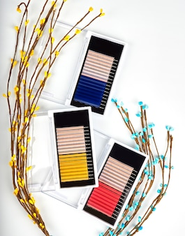 Multiple color lashes for extension in a pallet, a set of lashes.