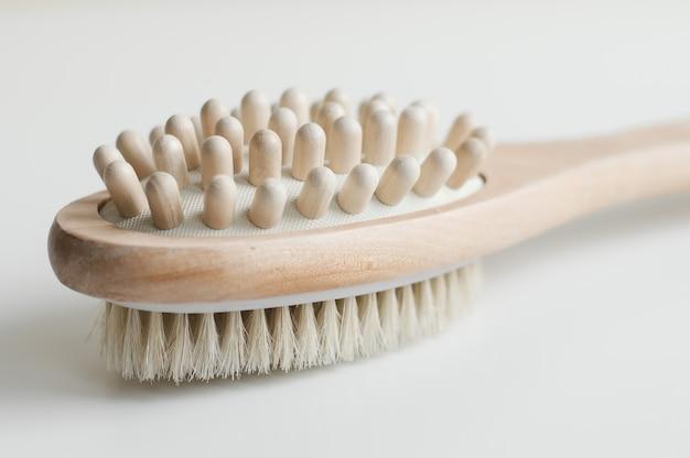 Многофункциональная деревянная щетка для антицеллюлитного массажа тела